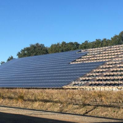 Vue extérieure de la toiture photovoltaïque